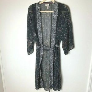 Knox Rose Robe Size Small Floral Paisley Black